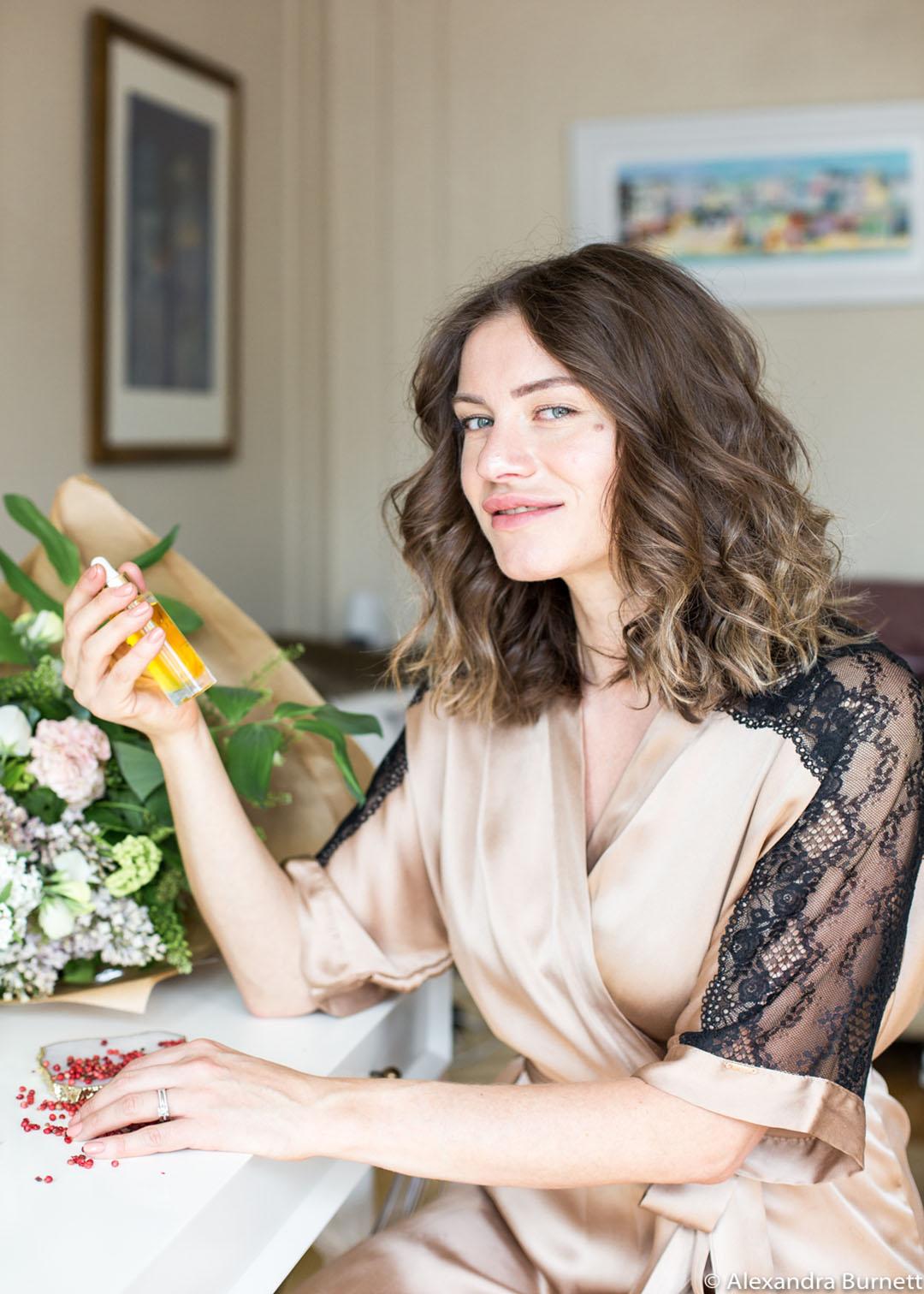 Lumity Facial oil: Pink Peppercorn Essential oil ingredient